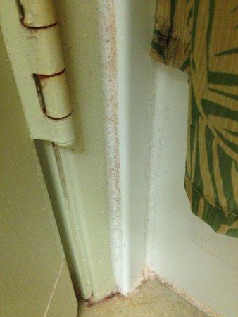 ... Boden \/ Leisten Badezimmer   Bild Von OHANA Waikiki Malia By   Badezimmer  Leisten ...