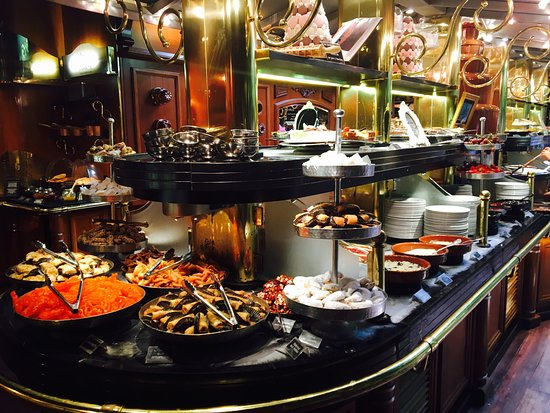 Les Grands Buffets Narbonne Carte Des Vins Les Grands Buffets - Photo De Les Grands Buffets, Narbonne