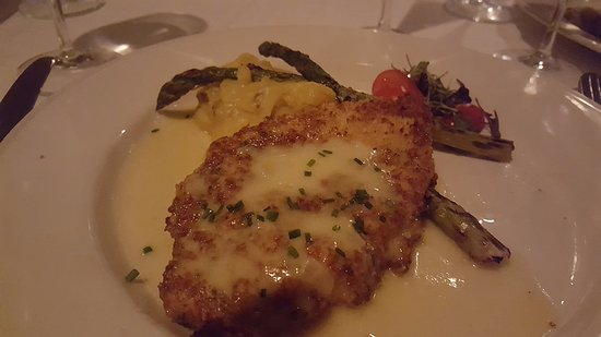 Paneed Chicken romano panko crusted, citrus butter - Picture of