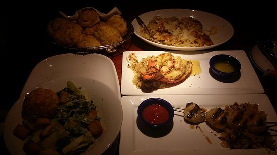 We love Red Lobster !!! Thank you Monica for excellent customer - lobster customer service