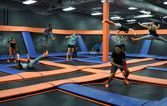 Skyzone Zwembad Sky Zone St. Catharines - All You Need To Know Before You