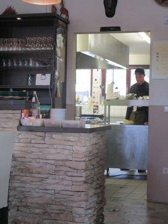 Offene Küche - Foto de Pytelu0027s im Zoo, Landau in der Pfalz - offene kuche