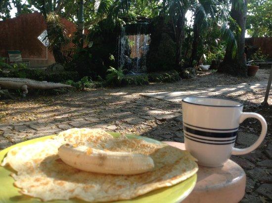 Breakfast - Picture of Everglades International Hostel, Florida City