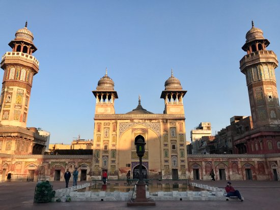 Wazir Khan Mosque, Mughal Empire, 1642 - Picture of Lahore, Punjab - mughal empire