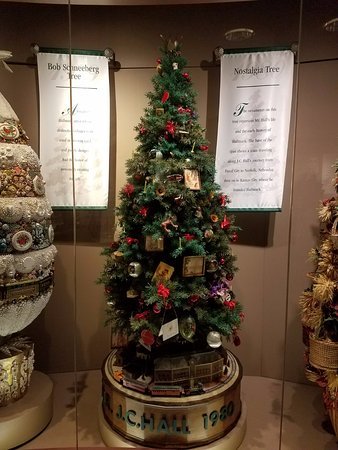 Christmas Tree Display - Picture of Hallmark Visitors Center, Kansas - contemporary christmas decorationshallmark christmas decorations