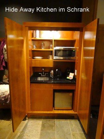 Versteckte Küche   Picture Of Nita Lake Lodge, Whistler   TripAdvisor   Schrank  Versteckte Kuche