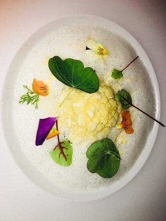 EssZimmer - Fine Dining Restaurant in der BMW Welt, Munich - category esszimmer continued