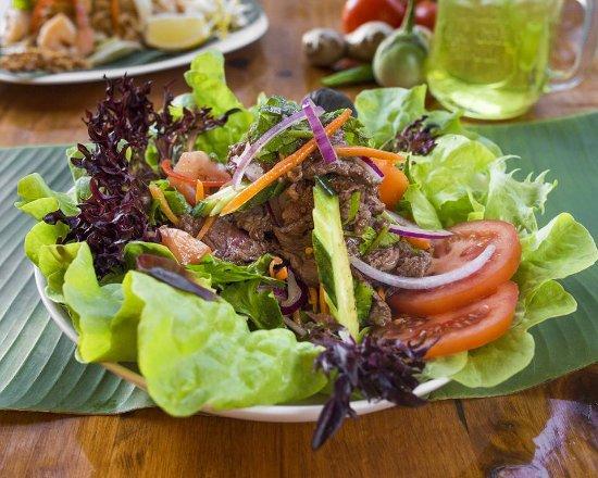 Choo Chee Salmon Curry Choo Chee Curry Served With Deep