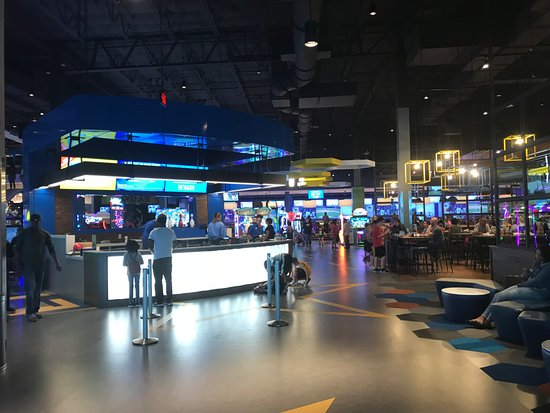 Main Street Entertainment Bowling Pricing - Picture of Main Event