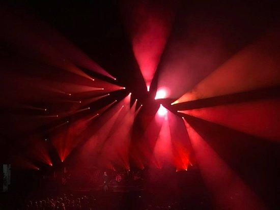 Cool light show - Picture of Nashville Municipal Auditorium