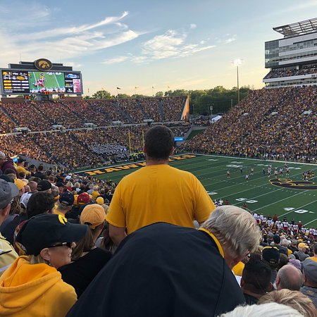 Nile Kinnick Stadium (Iowa City) - 2018 All You Need to Know Before