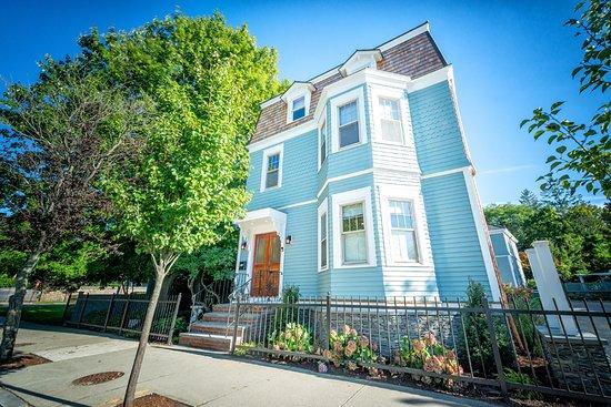 TOWN  TIDE INN - Updated 2019 Prices  BB Reviews (Newport, RI