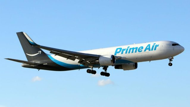 Amazon cargo plane crashes in Texas, 3 dead Boston 25 News