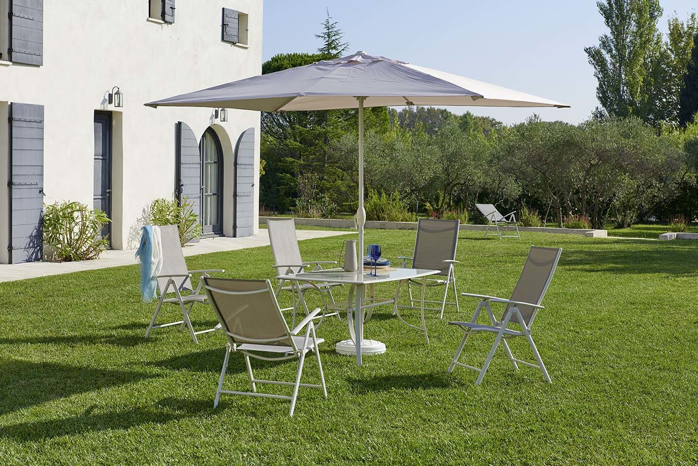 Salon De Jardin Carrefour Online Carrefour Set Rona 1 Table 43 6 Fauteuils 43 1 Parasol