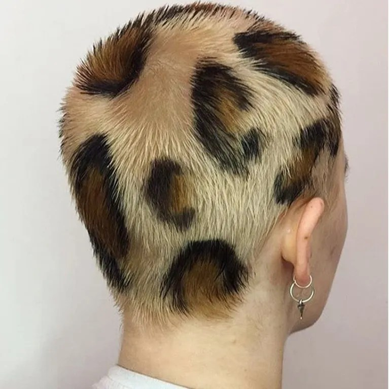 Platinum Hair Black Roots Leopard Print Hair Is The Newest Color Trend On Instagram