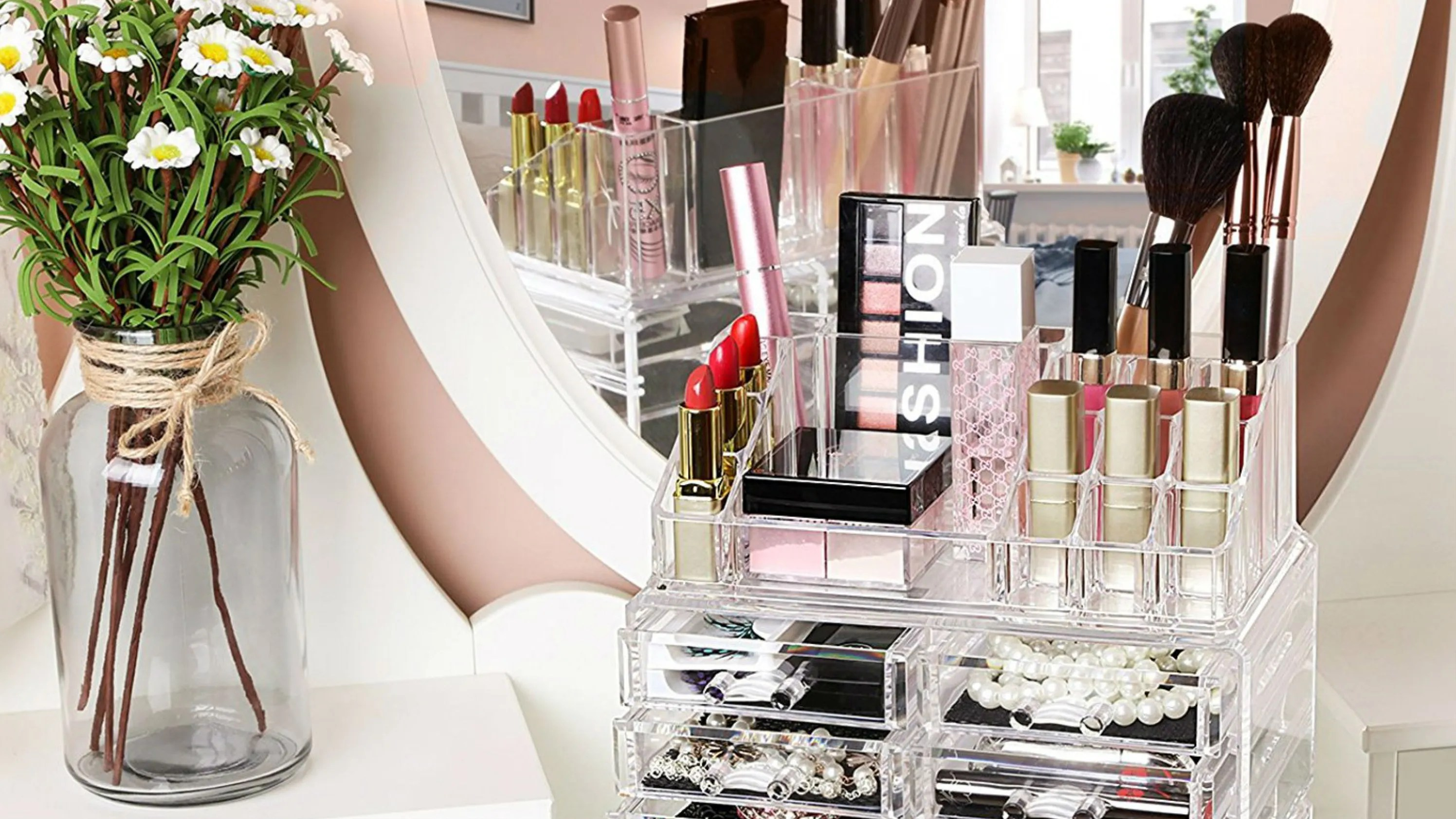 Plexiglas Amazon The 11 Best Makeup Organizers On Amazon Allure