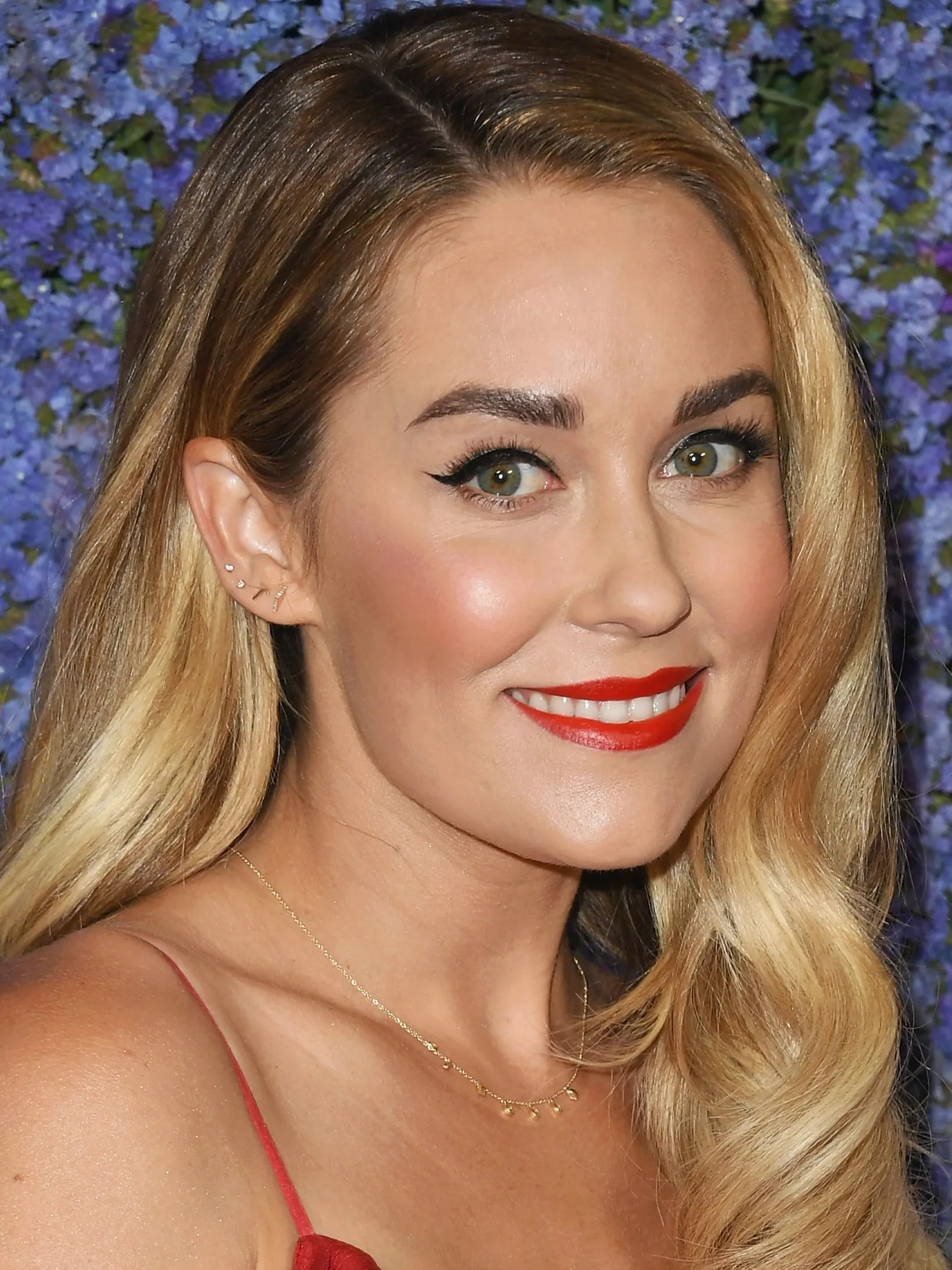 Lauren Conrad Lauren Conrad Shares Signature Winged Eyeliner How To On Facebook