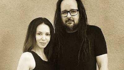 Deven Davis, wife of Korn's Jonathan Davis, has died at 39