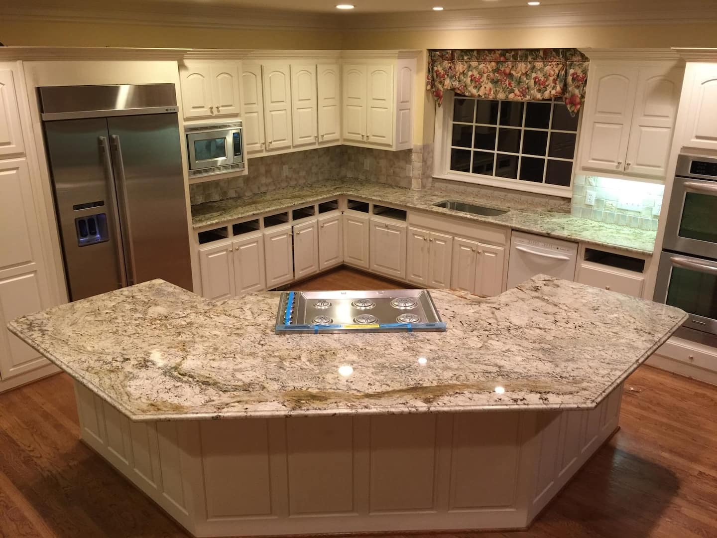 Ugly Granite Countertops What Granite Kitchen Counter Color Do I Choose Angie S List