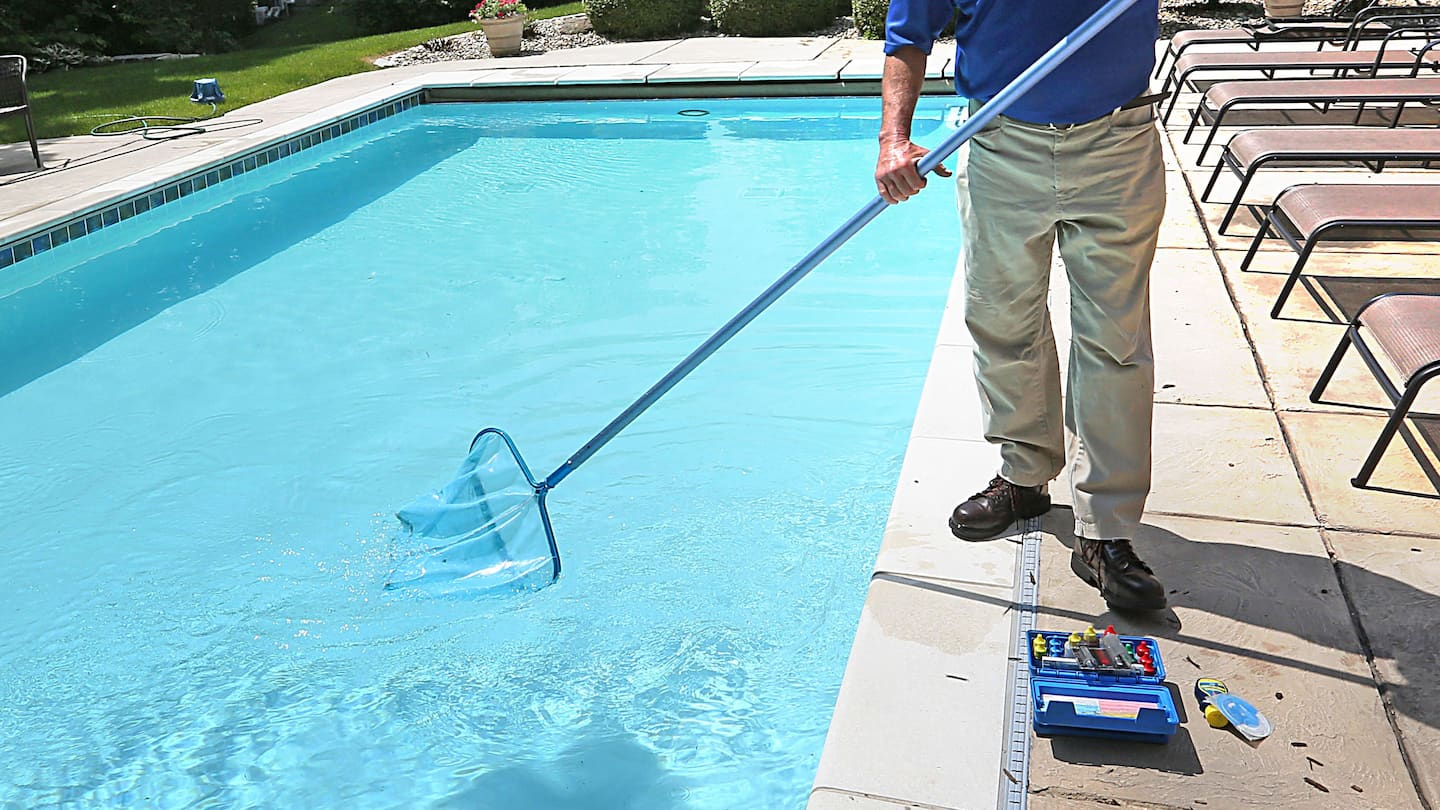 Jacuzzi Pool Main Drain 4 Signs That Your Pool Has A Problem Angie S List
