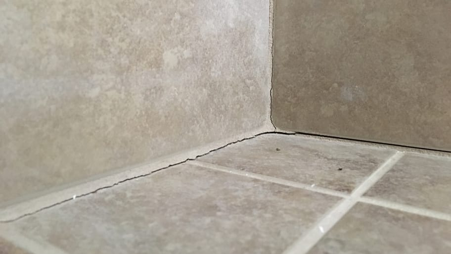 Avoid Cracked Grout Caulk Tile Shower Corners Angie 39 S List