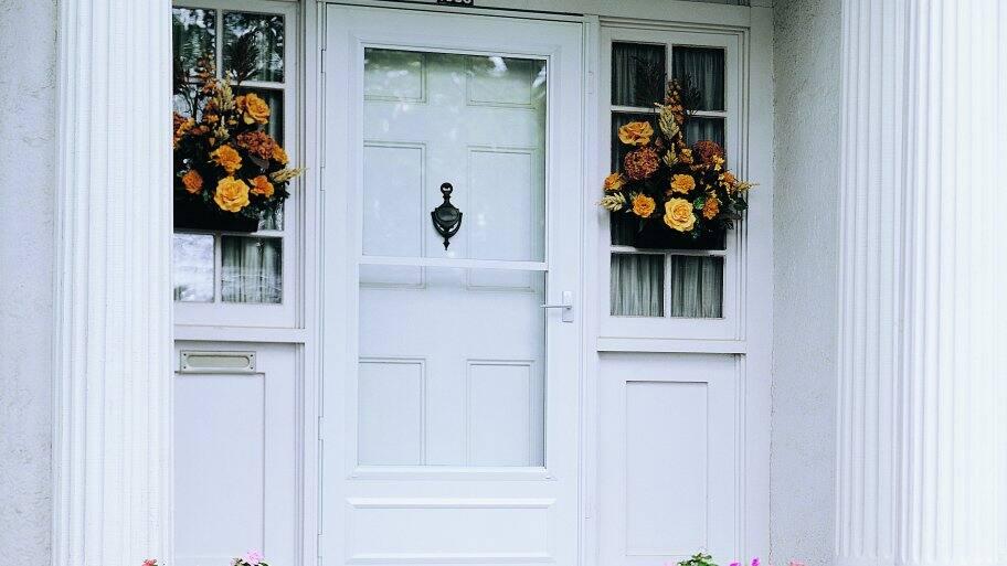 4 Benefits Of Installing A Storm Door   Angie'S List