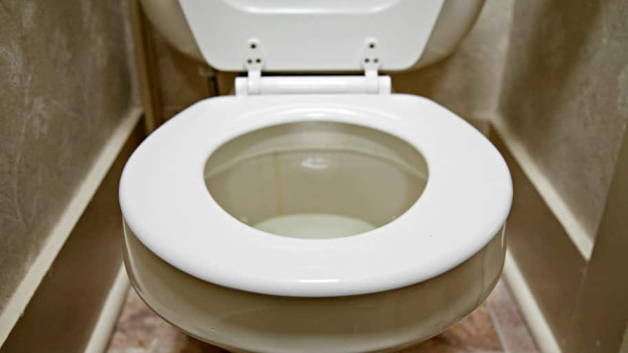Can Baking Soda And Vinegar Unclog A Toilet? | Angie'S List