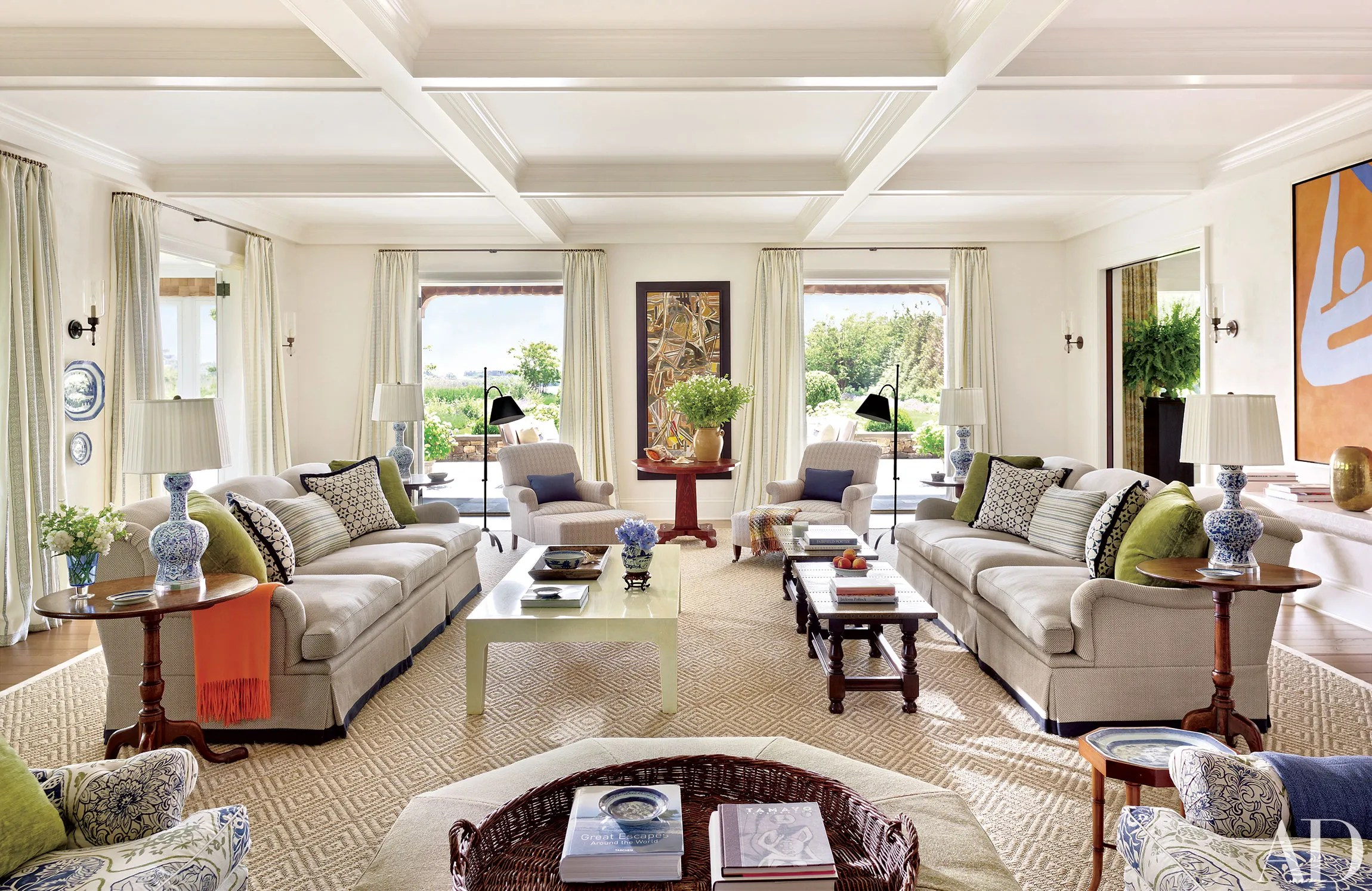 American Classic Living Room Design Chic Designs By Carrier And Company Interiors Photos