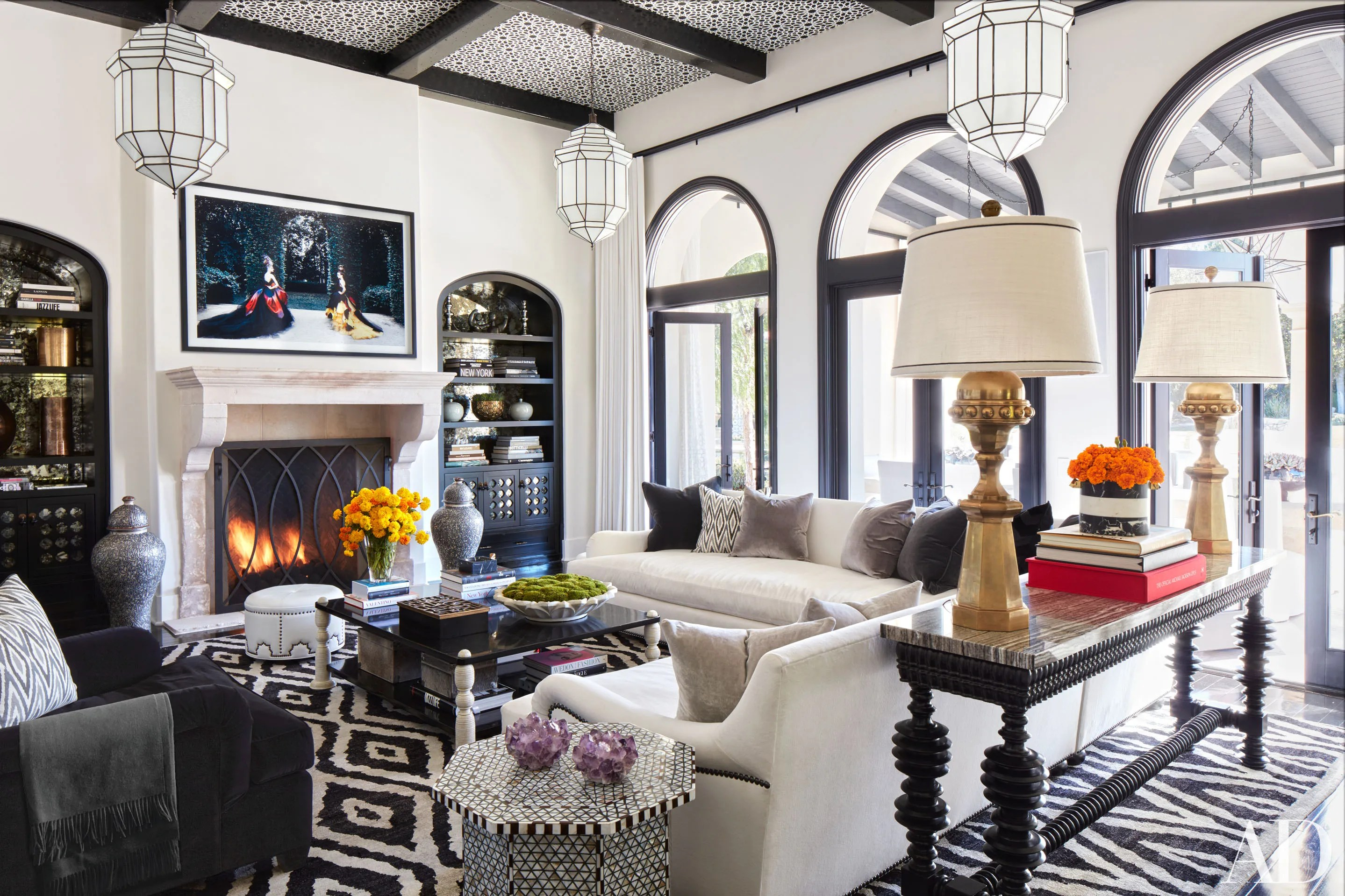 Einrichtung Home Office Inside Khloé And Kourtney Kardashian S Houses In California