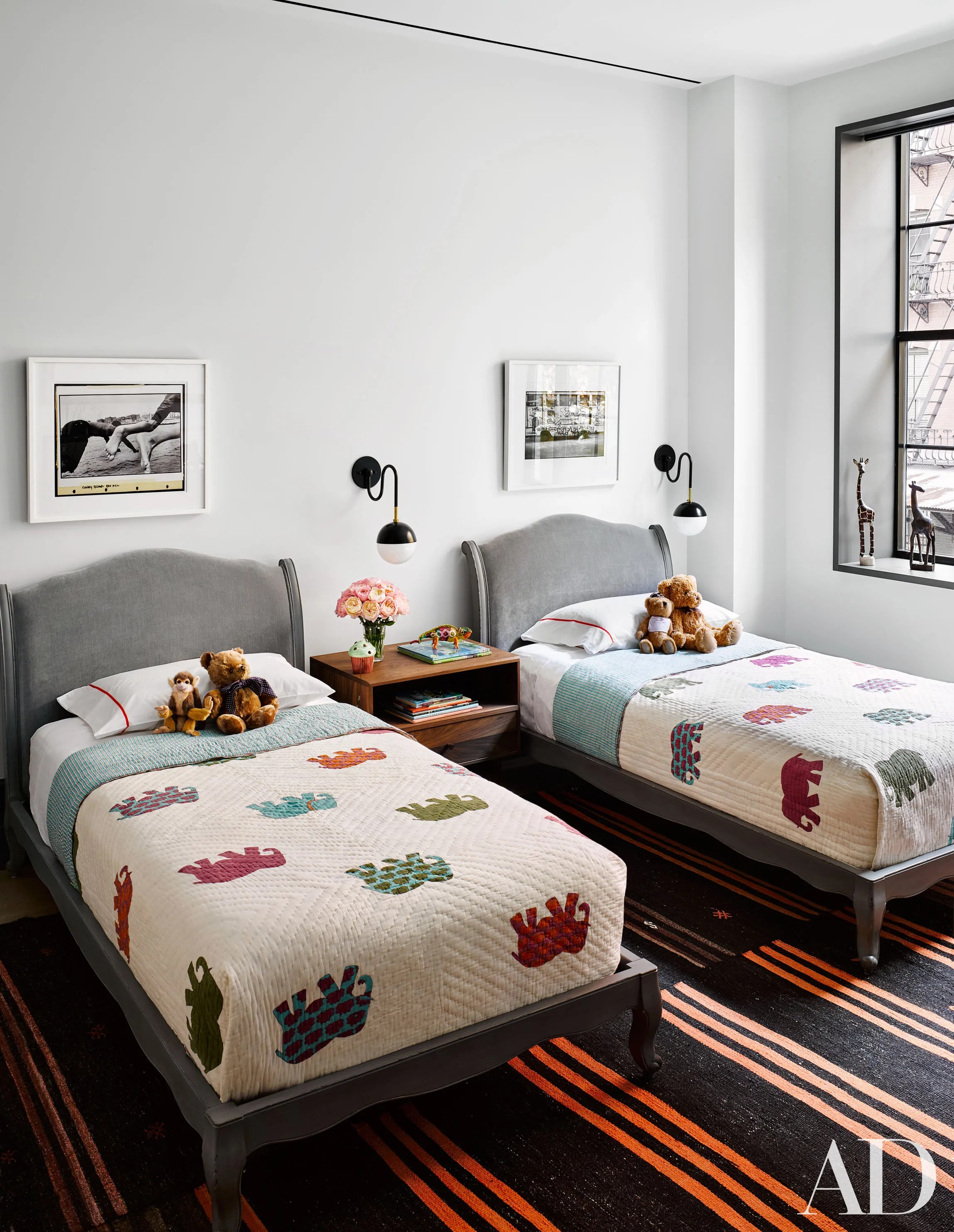Little Boy Twin Bed Naomi Watts And Liev Schreibers Stunning New York City