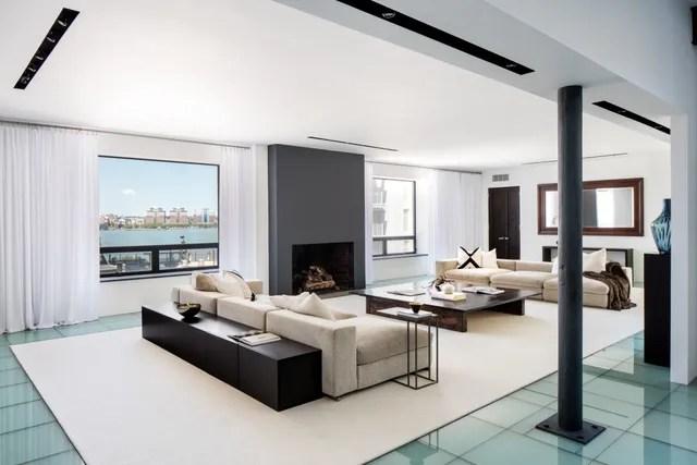 Robert De Nirou0027s Former Manhattan Penthouse Is Back on the Market