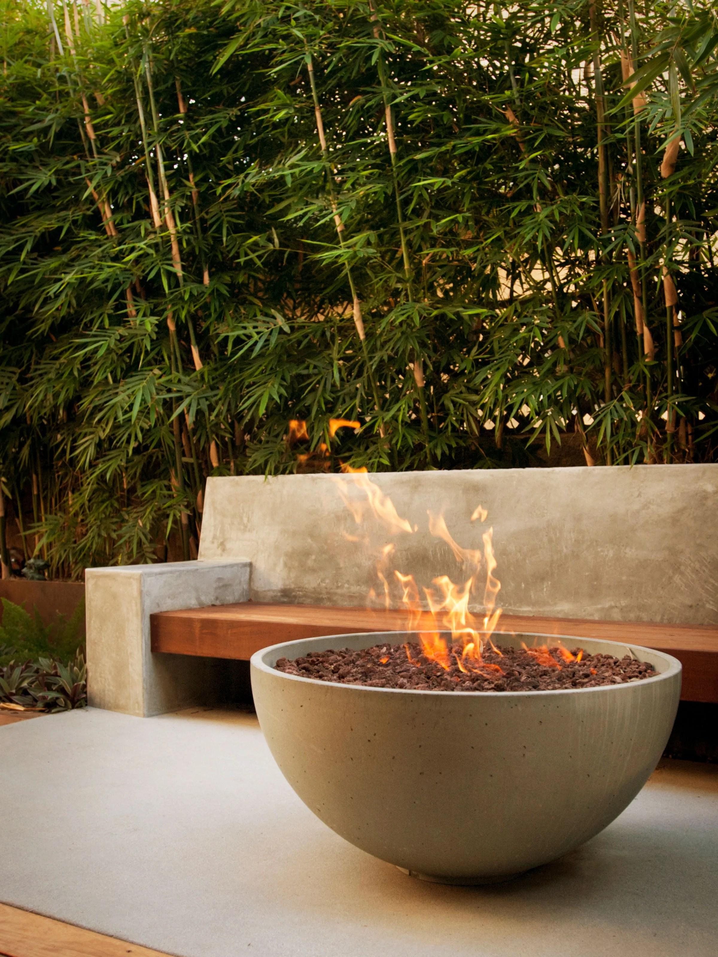 Patio Fire Pit Ideas 6 Fire Pit Ideas For Your Outdoor Space Architectural Digest