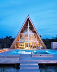 7 Breathtaking Contemporary A-Frame Homes | Architectural ...