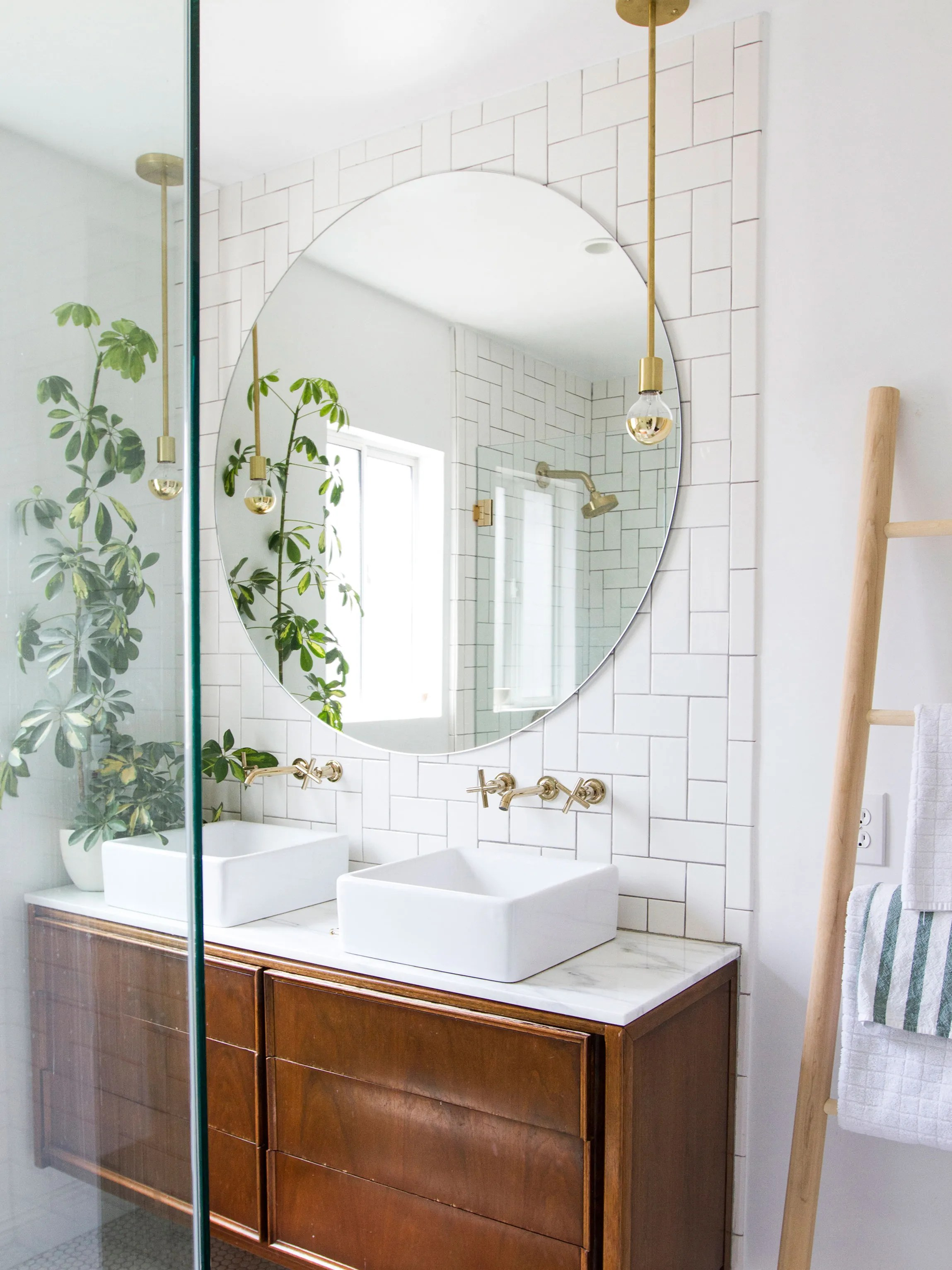Bathroom Essentials 4 Secrets To Better Bathroom Storage Architectural Digest