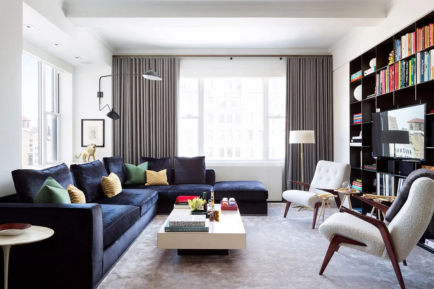 Apartments For Couples Tour A Redesigned Prewar New York Apartment Architectural Digest