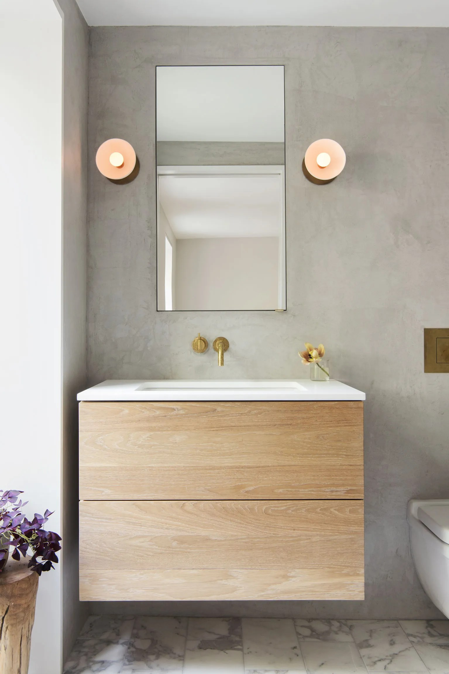 Bathroom With Mirrors 12 Bathroom Mirror Ideas For Every Style Architectural Digest
