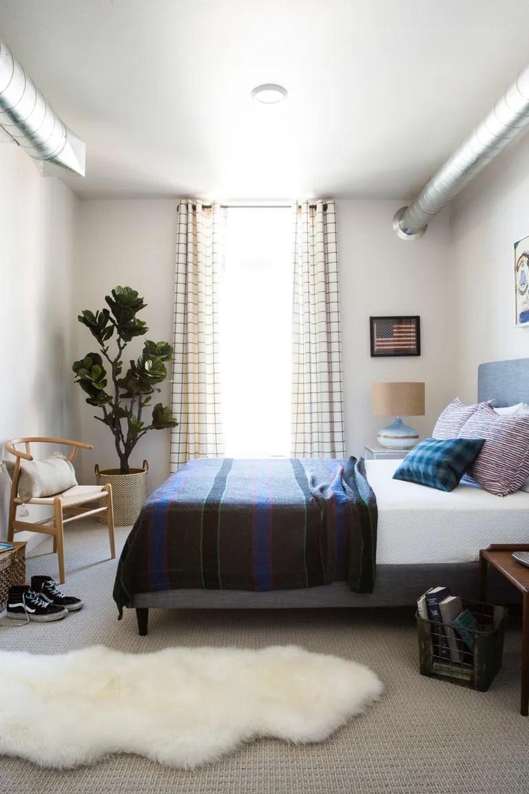 Small Bedroom Ideas & Bedroom Decor