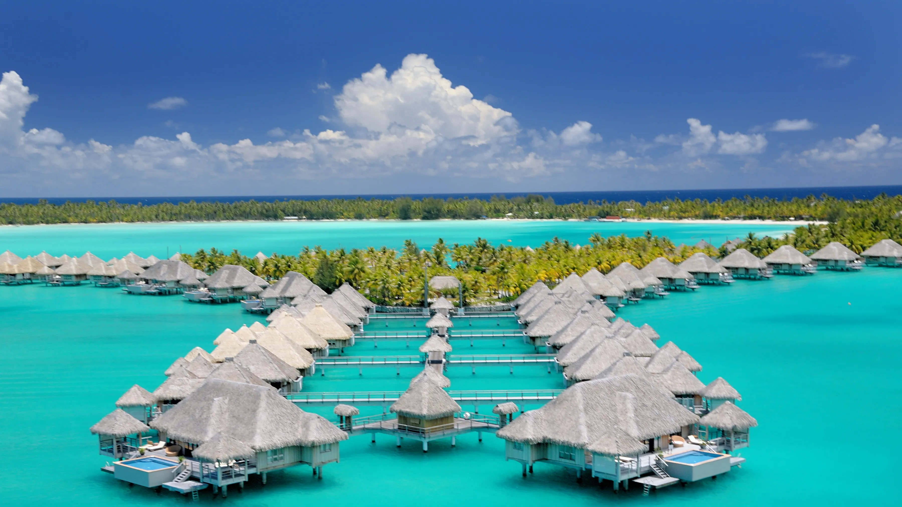 Jacuzzi Full Moon Underwater Pool Light The 11 Most Incredible Overwater Bungalows In The World