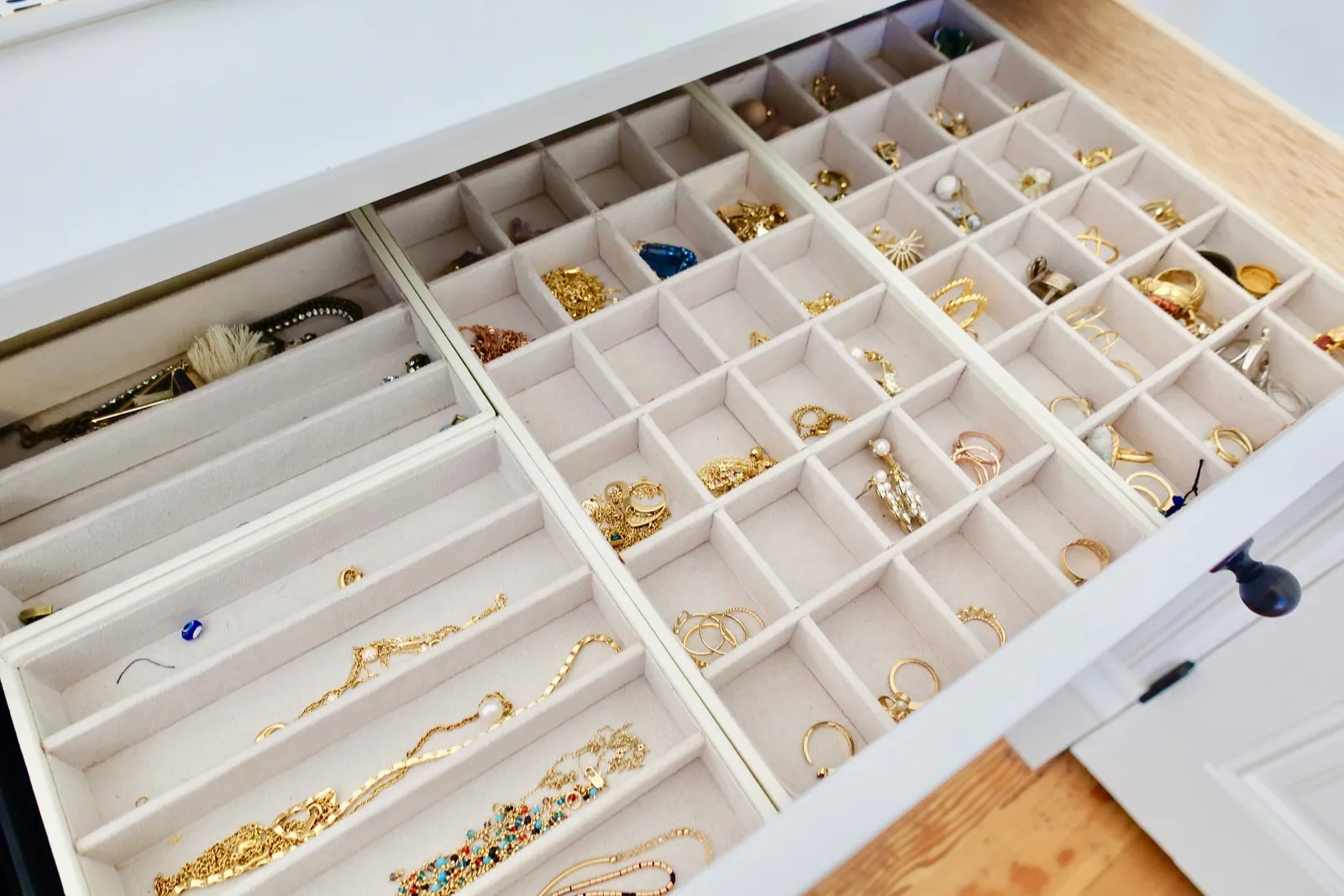 Diy Jewelry Organization Ideas The Only 2 Jewelry Storage Ideas You Need Organization Tips For