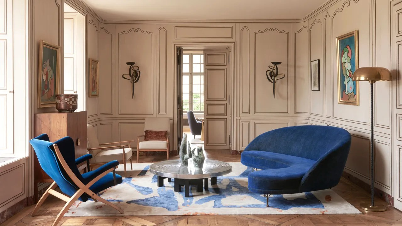 Living Room In French An Updated 16th Century French Château Seven Years In The Making