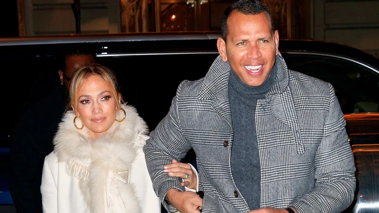 Jennifer Hoes Jennifer Lopez And Alex Rodriguez Visit Chip And Joanna Gaines In