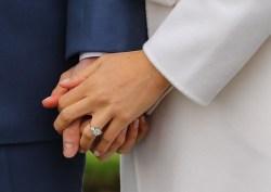 Enchanting Photo John Meghan Engagement Ring Is Bling Meghan Markle Engagement Ring Harry Meghan Markle Engagement Ring Carat