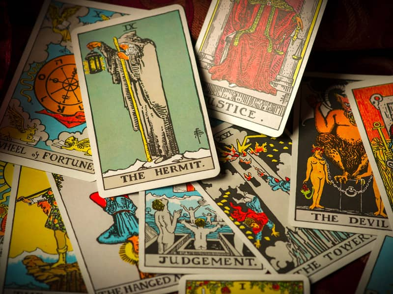 Easter Wallpaper Hd A Beginner S Guide To Tarot Tarot Cards Divination
