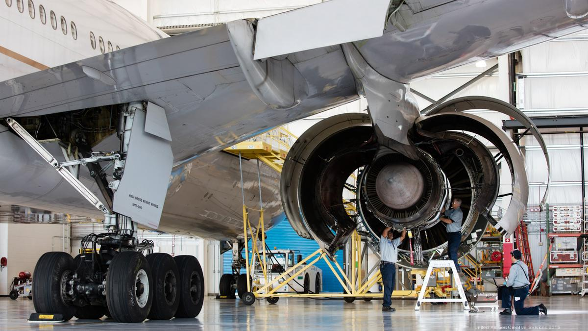 Airplane Maintenance Aircraft Maintenance And Repair Sector Will Surge As Boeing And