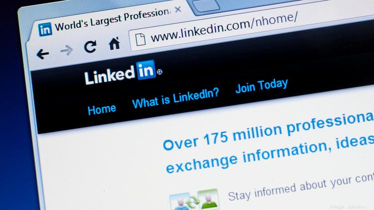 These 120 characters will make (or break) your LinkedIn profile