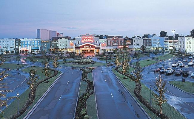 Boyd Gaming Decreases Gaming Area Number Of Slot Machines At Sam S Town Tunica Memphis
