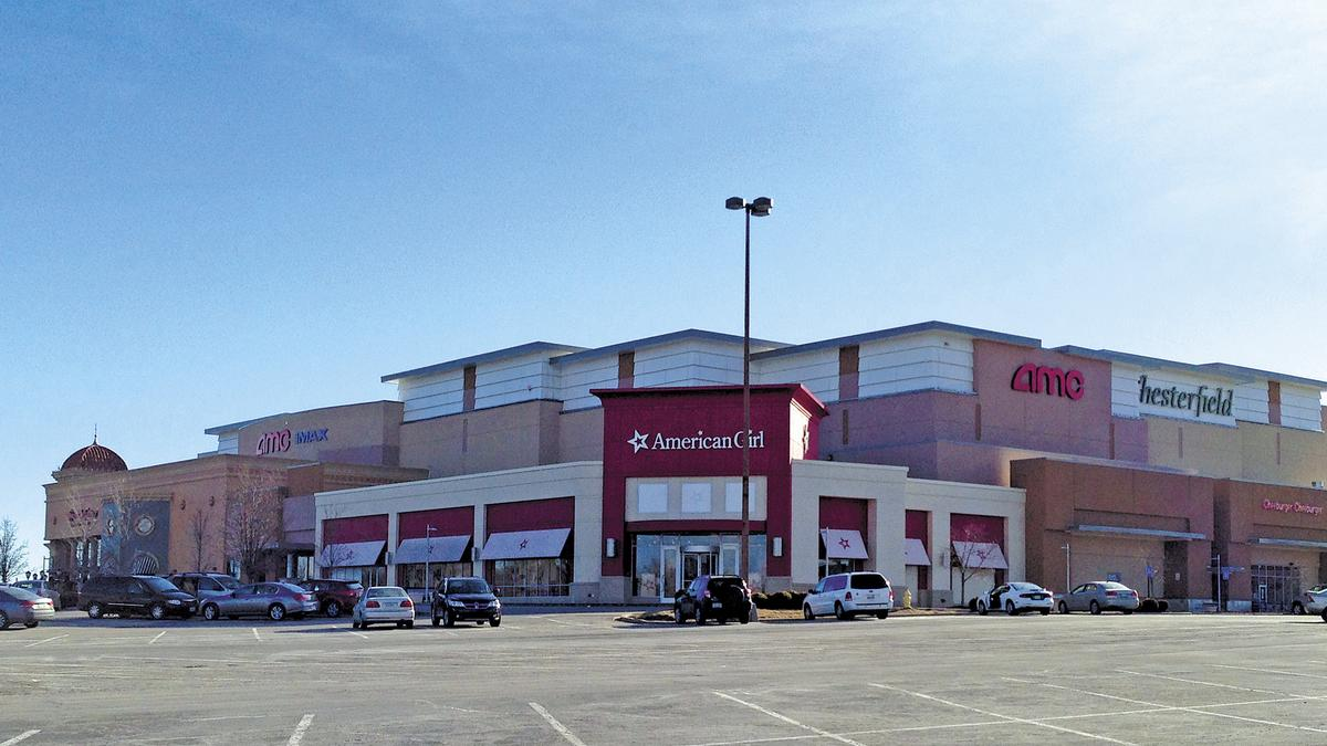 Bank At Chesterfield Mall Chesterfield Mall Owner Cbl Associates Properties Defaults On