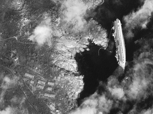 Wpf Media-Live Photos 000 472 Overrides Space179-Costa-Concordia-Cruise-Ship-Satellite 47255 600X450