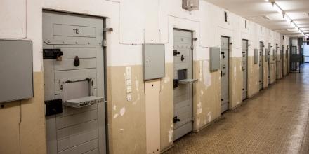 solitary-confinement-promo