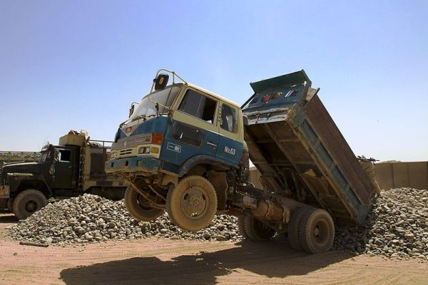 800px-Afghan_HINO_dump_truck